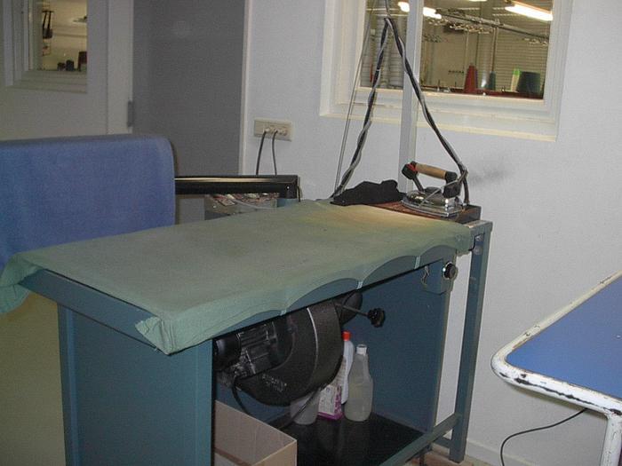 Gebraucht STIROVAP  Dämpftisch m. Dampf 120x50 cm