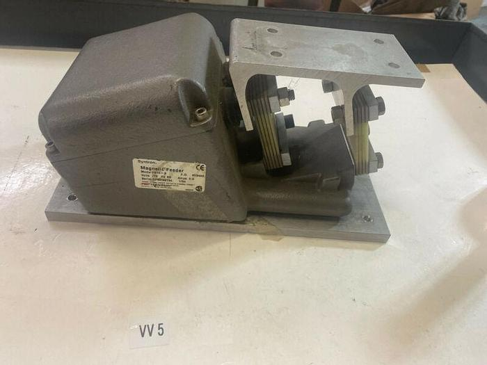 Used SYNTRON F-010-B MAGNETIC FEEDER 115V Warranty Fast Shipping!