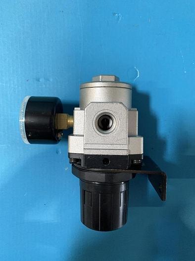 Used smc air regulator arp3000