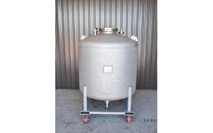 USED 500 GALLON TANK (VESSEL), HIGHLAND EQUIPMENT, STAINLESS STEEL