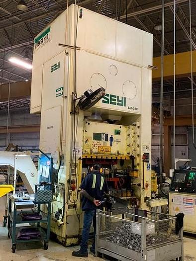 Used 220 ton SEYI Press