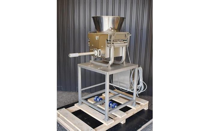 USED SCHENK ACCURATE SCREW FEEDER, SANITARY