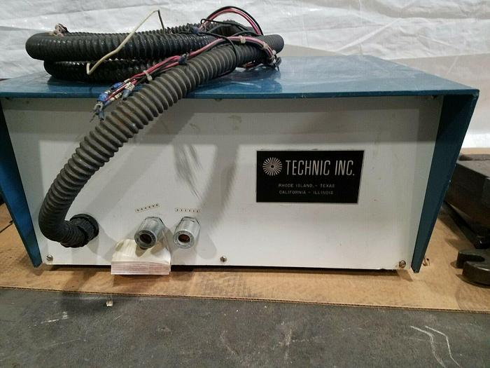 Used Technic DC Power Supply 12 Volts 12 Amps