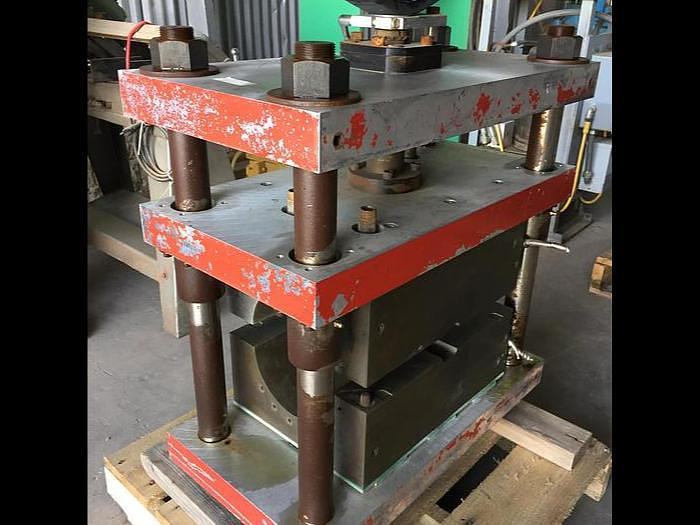 Used 30 Ton Danly 4 Post Screw Press