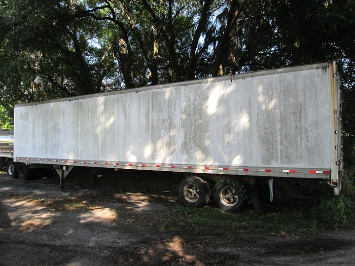1987 Trailmobile Semi Box Trailer ( NO TITLE )