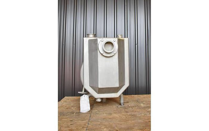 """USED TAPFLO CENTRIFUGAL PUMP, 2.5"""" X 2"""" INLET & OUTLET, STAINLESS STEEL, SANITARY, SELF PRIMING"""