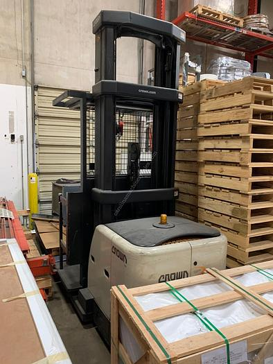 Crown Forklift SP3500 Series