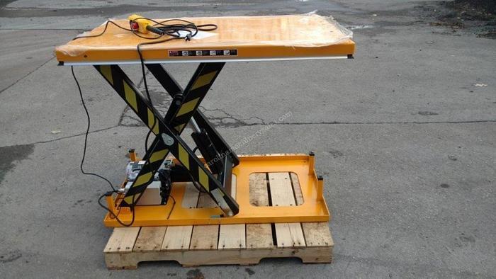 Used Unknown 2000 lb Scissor Lift Table