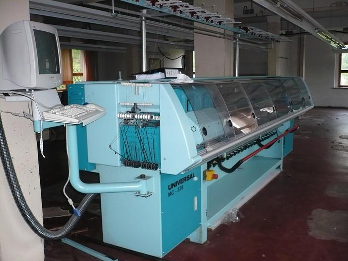 """Gebraucht Flachstrickautomat UNIVERSAL  MC 328 E12/90"""""""