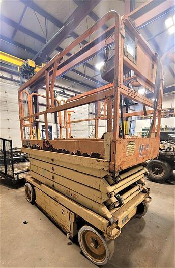 Used 2001 JLG 2646E2