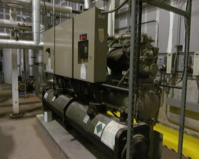 Used 90 TON TRANE INDOOR CHILLER – WATER COOLED (#9812)