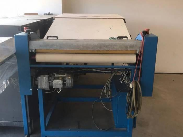 Used Manual flute laminating machine Laminator (2006)
