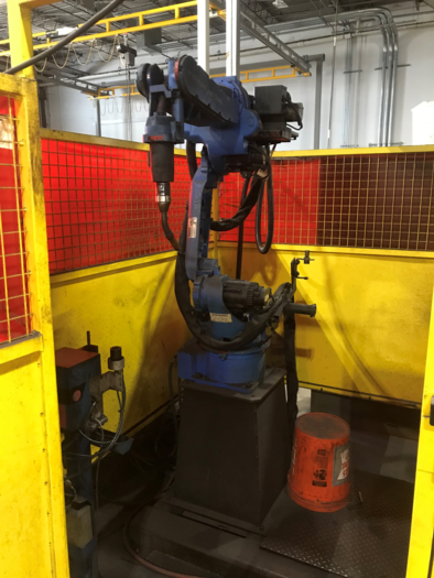 MOTOMAN MA1400 ROBOTIC MIG WELDING CELL WITH A/B INDEXER & DX 100 CONTROLS