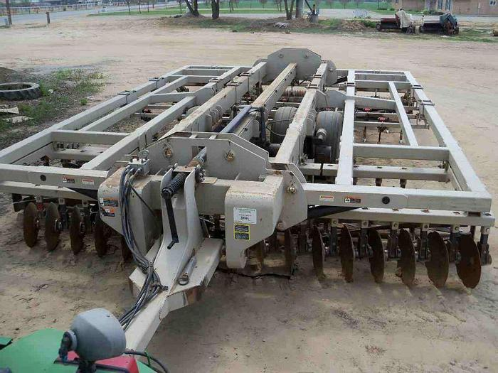 Used 18' Optimizer **One-Pass Tillage Tool**