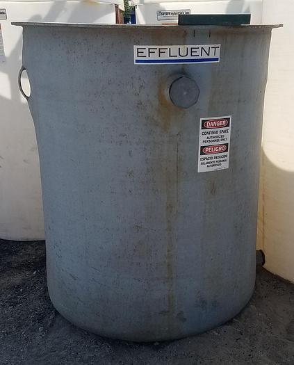 Used TK-17: 470 Gallon Vertical Tank