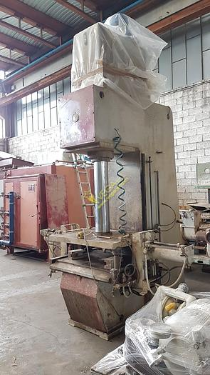 Used Hydraulic press RAM brand CM mod. TA 2-50 for plaster openable molds