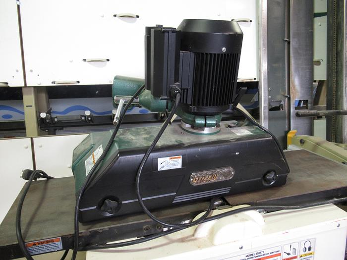 Used Grizzly G1095 Power Feeder