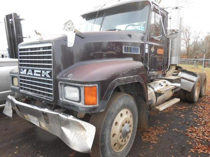 Used 1999 MACK CH613