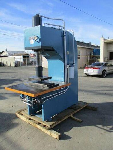 Used NUGIER MODEL C50 14MD10 HYDRAULIC 50 TON C FRAME PRESS TOP OF THE