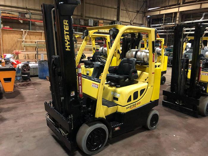 Used 8,000 POUND HYSTER MODEL S80FTBCS MFG. 2014 TWO STAGE MAST