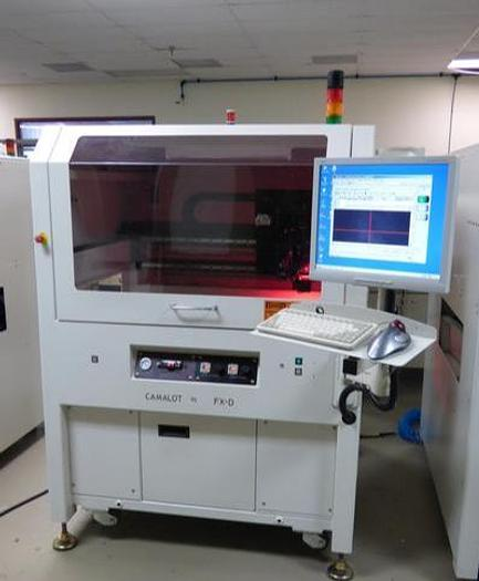 Used Camalot FXD Automatic glue dispenser 2007, 680 pump, laser height