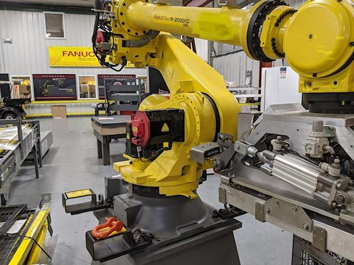 FANUC R2000iC/125L 6 AXIS CNC ROBOT WITH R30iB CONTROLLER, IR VISION, 125KG X 3,100 MM H REACH