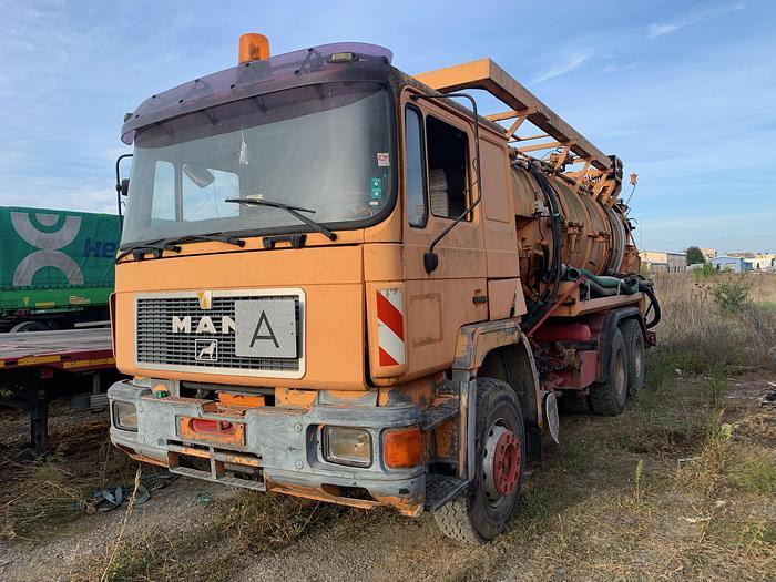 Gebruikt 1993 MAN 25.372 6x4  chassis full steel