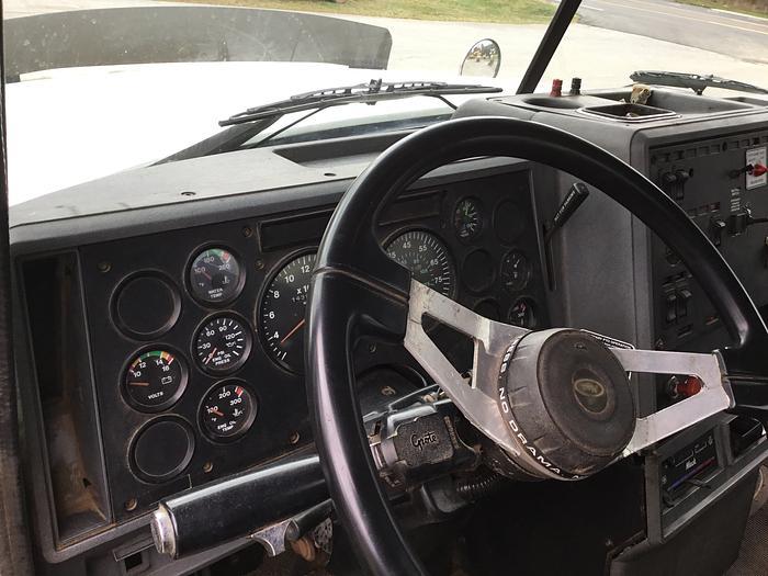 1998 MACK E7-460