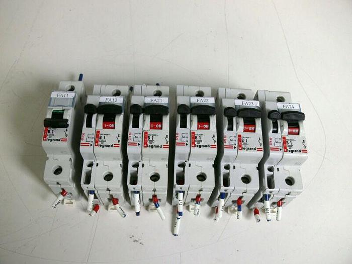 Used Lot of 6 Legrand B1 06152 Circuit Breakers 230/400V