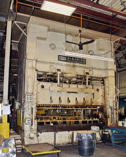 "500 ton 144""x66"" Clearing SSDC Stamping Press"