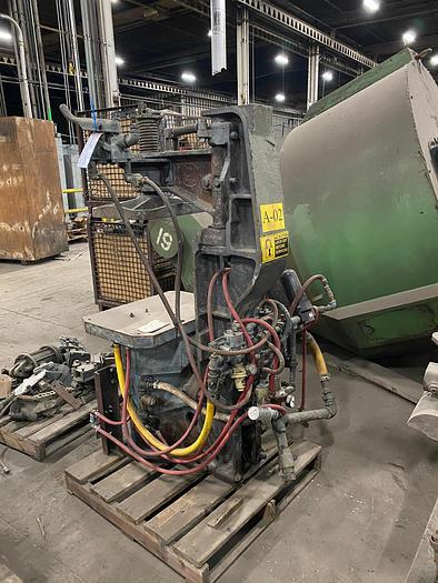 SPO 114-JU JOLT SQUEEZE MOLDING MACHINE
