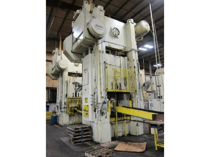 "800 ton Danly 60""x54"" Used Stamping Press"