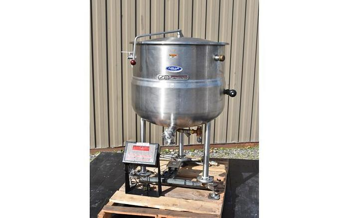 Used USED 40 GALLON JACKETED KETTLE, STAINLESS STEEL, WITH SCALE