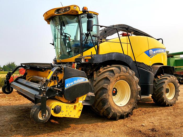 Used 2013 New Holland FR850