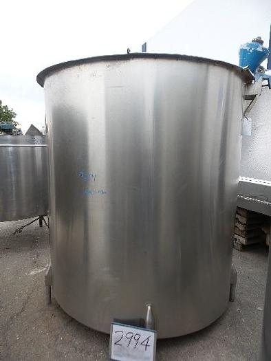 1,600 Gallon Vertical Stainless Steel Tank
