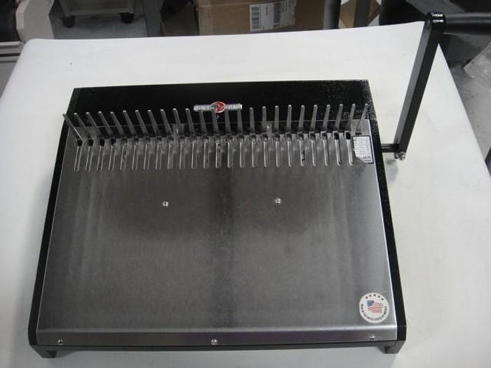 Used Rhin-O-Tuff HD 4470 Comb Opener