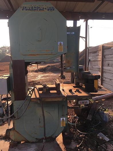 Used Forestor 900