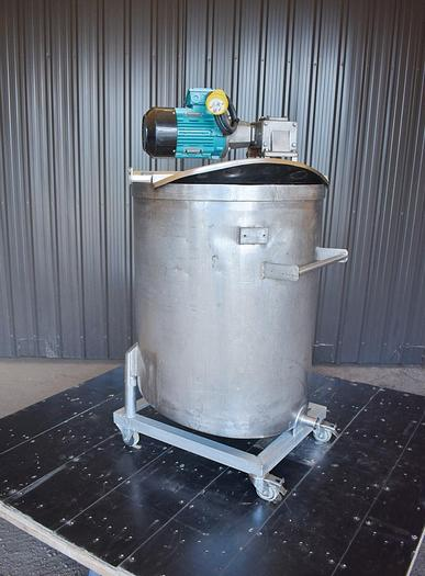 Used USED 75 GALLON STAINLESS STEEL TANK WITH TURBINE MIXER