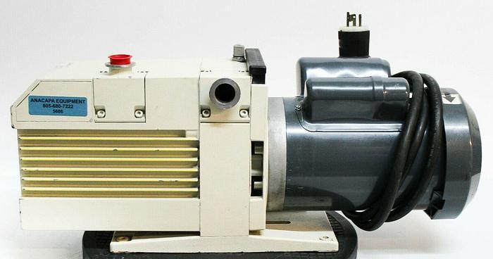 Used Leybold Trivac D25BCS Oil Vacuum Pump w/ GE Motors SKCR48WN0313AT 1.5hp (5686)