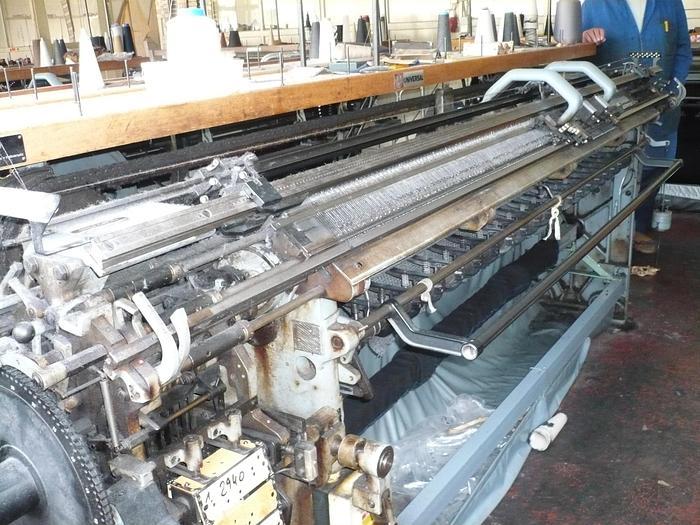 Gebraucht Flachstrickmaschine UNIVERSAL  MC2 E05/205 cm