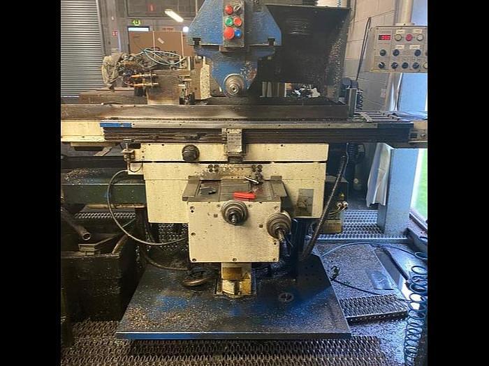 Used 2010 TOS Olomouc FGU32 Universal Milling Machine