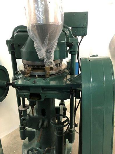 Used STOKES MODEL BB2 33 STATION DOUBLE LAYER ROTARY TABLET PRESS (#9643)