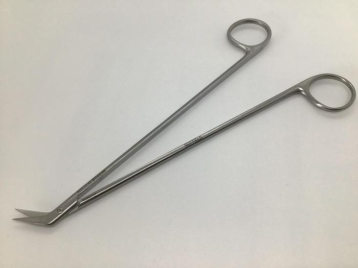 Used Scissor Cardiovascular Diethrich Hegemann Angle on Side 45 Degree 180mm (7in) AESCULAP BC663R