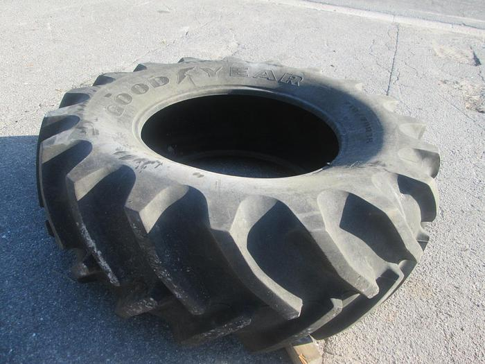 Used 710/70R38 Tractor Tires