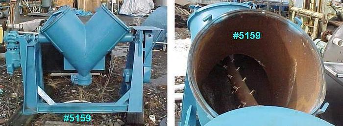 Used 5 CU. FT. P-K TWIN SHELL BLENDER – C/S – PIN BAR