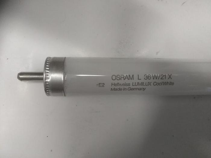 9 Stk. Kaltweiß Leuchtstoffröhre, Lumilux, L36W/21X, Osram, D26x1200mm, neuwertig