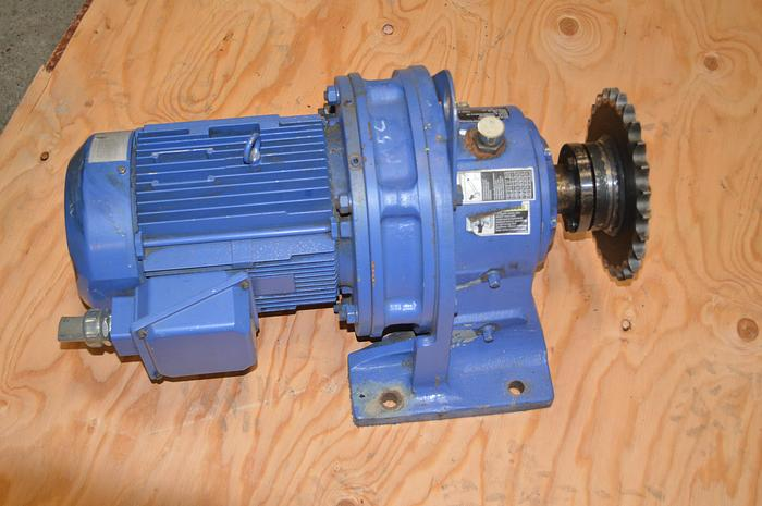 Used SM Cyclone 5 HP gear motor, 50 RPM gear reducer, sm cyclone 50 rpm gearbox