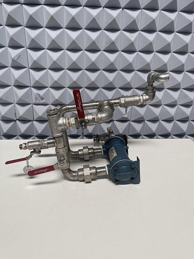 Used ITT Standard SSCF SN516003008005 Heat Exchanger w/ Valves and Piping