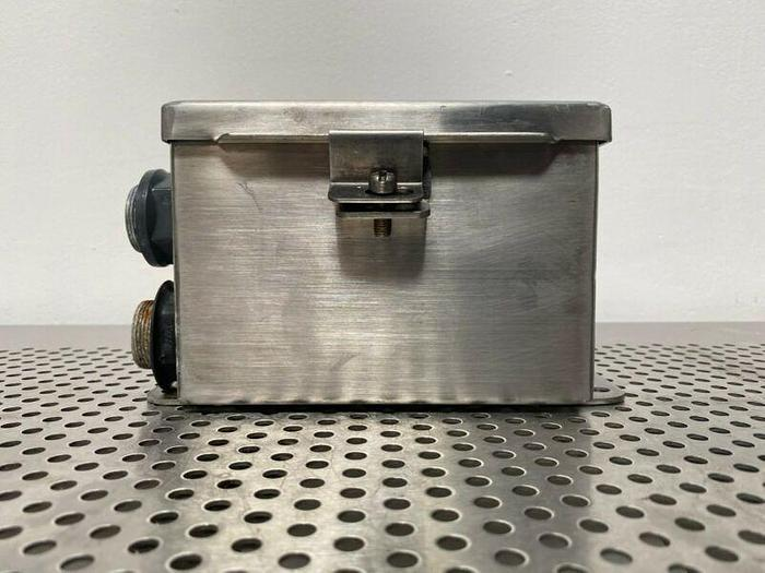 """Used Hoffman 6"""" x 6"""" x 4"""" A606CHNF88 Stainless Steel Enclosure Box"""