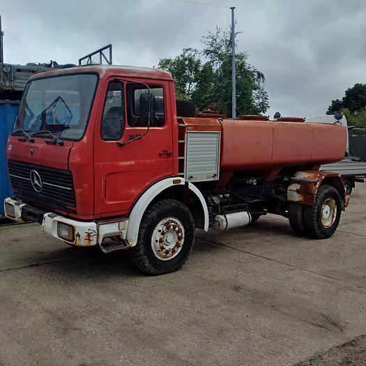 1980 MERCEDES-BENZ 1613 water tanker